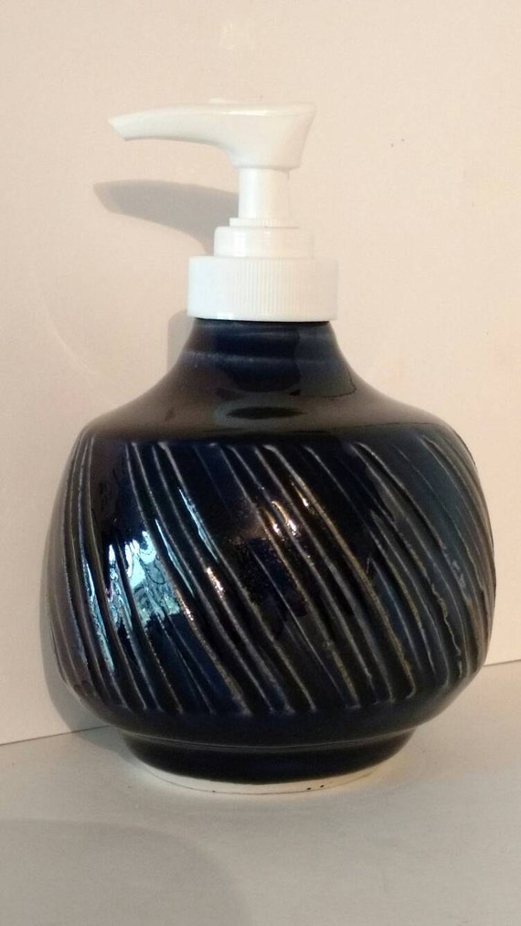 Soap pump cobalt blue carved beautiful bathroom accessories - Cobalt blue bathroom accessories ...