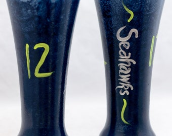 Pilsner Glasses - 20 oz - Seahawks™ Design - Hand Painted