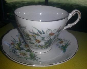 "Vintage Regency England Bone China ""Daffodill"" Single Tea cup and Saucer Set"
