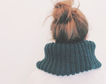 The CHERI cowl 100% Australian Wool