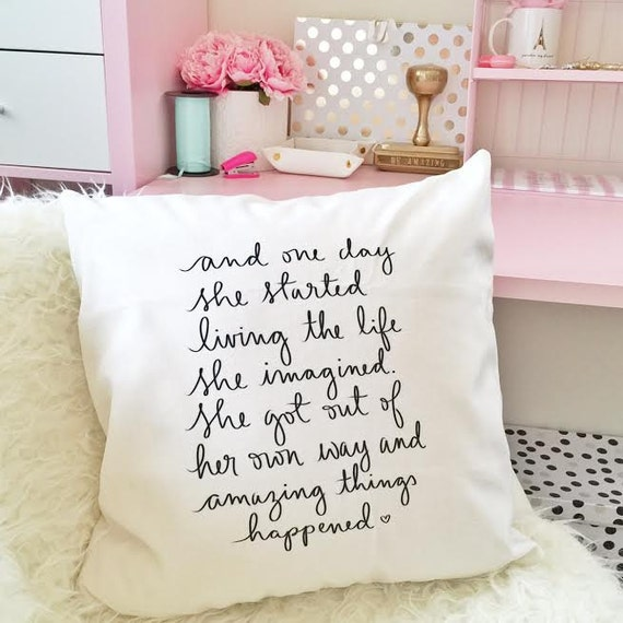 "And one day she started living the life she imagined - 18"" handwritten quote velveteen PILLOW COVER"