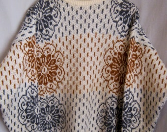 """Vintage 80s BENETTON MOHAIR Ski SWEATER Snowflake Pattern Tunic Oversized Incredibly Soft!  Large/Extra Large Bust 50"""""""