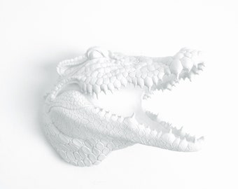 ANY COLOR or WHITE Faux Alligator Head Wall Decor // Florida Gator // Faux Taxidermy // Fake Crocodile // Swamp // 3D Wall Plaque //