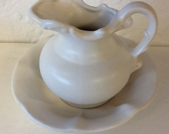 McCoy white pitcher and basin