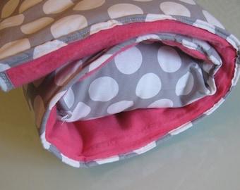 Hot pink Polka Nap Mat