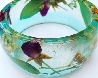 Flower bangle, real pressed flower bangle, resin bangle, leaf bangle, resin bracelet, rose bangle