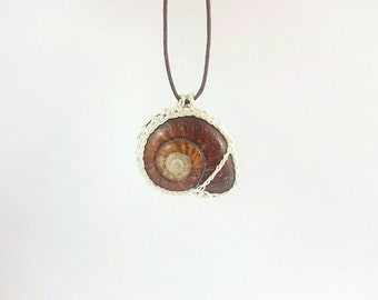 "Deep Red Snail Shell Pendant with fine crochet bezel [Ltd Ed: 4/39] - 4cm (1.5"") tall - Crochet pendant, Wedding pendant"