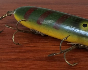 Vintage Wood Fishing Lure, South Bend Oreno Wood Lure, Green and Yellow Lure, Free Shipping.