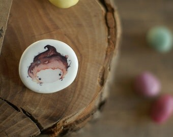 Little confectioner girl tiny ceramic brooch - porcelain with watercolor illustration print