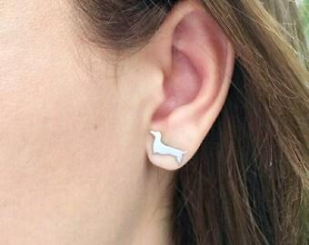 DACHSHUND EARRINGS!! Cute stud earrings stainless steel