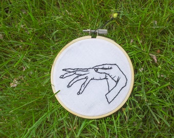 Hand Embroidered Hoop Wall Hanging Decoration - Hands