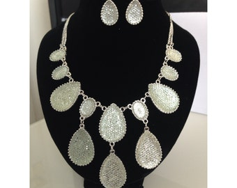 Silver Colour Bead Chain Necklace And Earring Set.