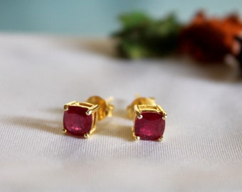Cushion Ruby Gemstone Silver Studs 92.5 Prongs Setting