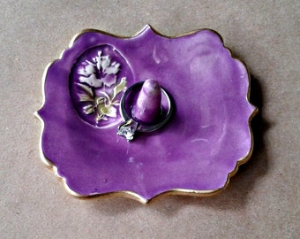 Ceramic Purple ring holder with Hibiscus edged in gold 3 3/4 inches long