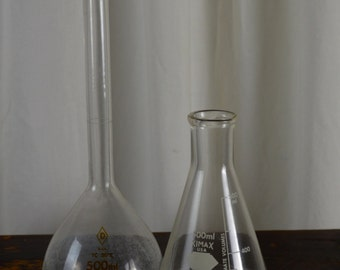 Vintage Medical Bottles,Testing Tubes,  Vintage Bottles, Laboratory Bottles,Craft Supplies, Apothecary, DIY Glass Bottles, Measuring Glass,