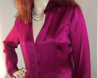 1990s Vintage Ann Taylor Rasberry Silk Blouse Size S/M Stunning Unique Small Glass Buttons