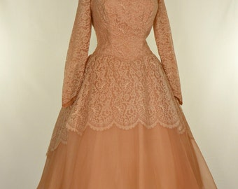 Vintage 1950s Wedding Dress...Gorgeous Tea Length Golden Cinnamon Lace and Organza Wedding Dress