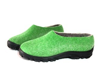 Mens Wool Felted Loafers Green Grey, Rubber Soles Outdoor, Handmade Shoes, Wool Boots, Snow Boots, Boiled Wool Shoes, Spring Gifts for Dad