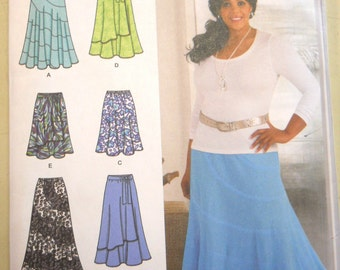 Simplicity 2416 Khaliah Ali Collection Skirts Size BB 20W-28W