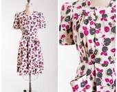 1940s Vintage Dress  •  Fleurs Chartreuse  •  Floral Cotton 40s Vintage Wrap Dress Size Medium