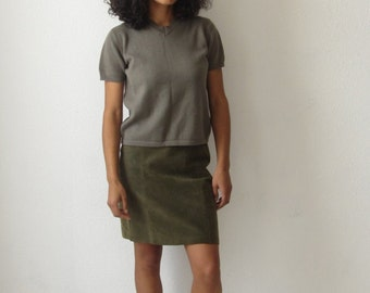 knit sweater top 90s short sleeve stretch knitted top Vintage crop top Olive green minimalist knit top