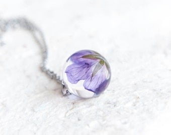 Purple flower necklace Resin purple jewelry Wild flower jewelry Purple flowers preservation Flowers necklace preserved flower Real Geranium