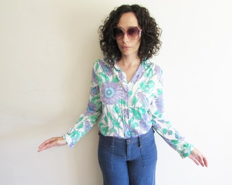 Vintage 60s 70s Vera Blue Thin and Soft Purple Flower Novelty Shirt