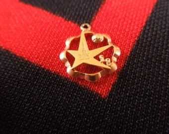 18K Gold Star Charm 1958 Expo Charm Brussels Worlds Fair 18K Gold Charm for Bracelet from Charmhuntress G0148
