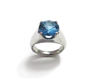 Custom Birthstone Ring, Blue Solitaire ring, Blue Spinel Ring, Personalized Birthstone Ring, Silver Birthstone Ring, Blue Stone Ring.