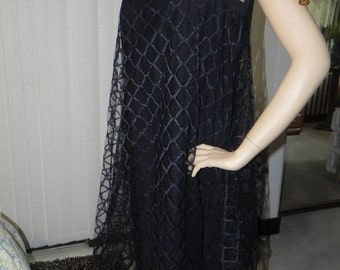 Vintage Dress Black Sleeveless Square neckline. Baby Doll type dress