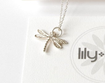 Dragonfly Necklace, Silver dragonfly jewelry, mothers day jewellery, dragonfly romantic necklace, nature jewelry,