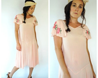 1920's Silk Dress - Embroidered 20's Pink Dress - Size S/M
