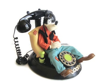 Disney Goofy Telephone, Talking, Animated, Vintage, Working Push Button Phone 5 sayings Disney Character Landline Corded Phone