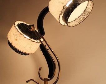 MAJESTIC TABLE LAMP with 2 ajustable fiberglass shade vintage mid century 1950 era