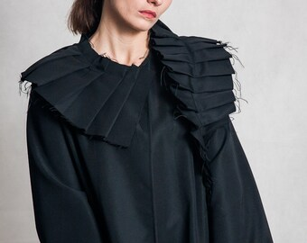 Fasada f/1582 black avant garde cotton trench coat with pleated details