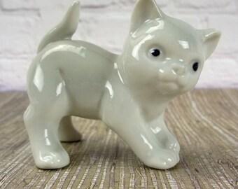 Vintage Gray Cat // 1950's Cat Figurine // Vintage Porcelain Cat // Child Room Decor // Cat Lover Gift