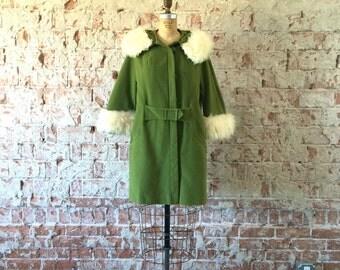 1960s Mod Green Swing Coat White Faux Fur Trim Velvet Jacket S/M