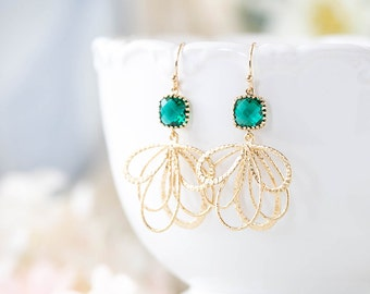 Emerald Green Earrings Gold Dangle Earrings Emerald Wedding Earrings Bridesmaid Earrings Bridal Jewelry May Birthstone Jewelry Gift for Her