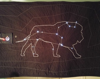 Leo Constellation Light-up Star Quilt