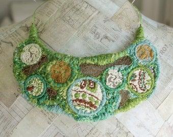 Embroidered Bib Necklace, Original Jewelry, Green Necklace, Handmade Bib Necklace, Handcrafted Jewelry, Freestyle Embroidered Necklace