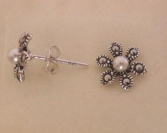 925 Sterling Silver MARCASITE & Pearl Flower Daisy Stud Earrings, 10 mm Diameter