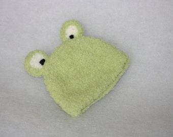 Frog hat photo prop