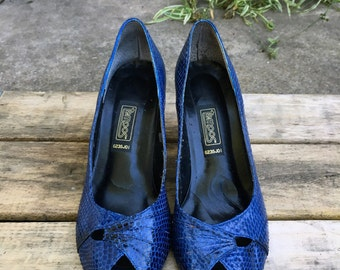 Tempos Blue Snakeskin Leather Peep Toe Heels Pumps Shoes Vintage Womens 7