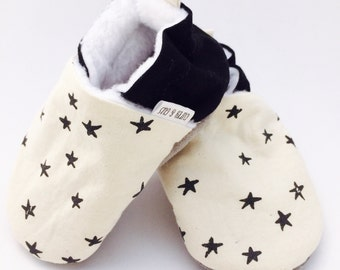 Black Star Handmade Baby Shoes, Soft Sole Baby Shoes, Baby Booties, Baby Moccasins, Crib Shoes, Toddler Slippers, Moccs, Gender Neutral