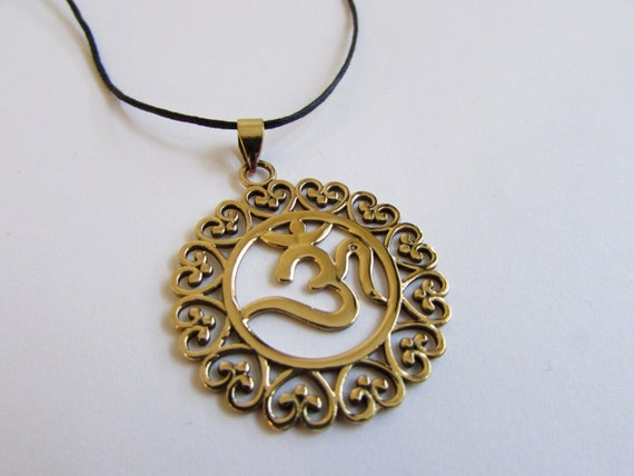 Circle Hearts Om Ohm Aum brass pendant On Wax Cord Yoga Jewellery Adjustable Unisex Free UK Shipping + Gift Bag CH3