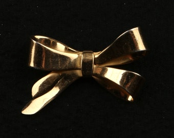 "1950's Coro Gold Washed Sterling Silver Bow Brooch, Excellent Condition, 1-3/4"" wide, 1-3/8"" High, Roll Over Clasp, Marked Coro, Silver"