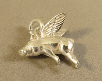 Sterling Silver 3-D WHEN PIGS FLY  Charm Pendant Piglet Flying Saying Piggy Wings Hog .925 Sterling Silver New an81
