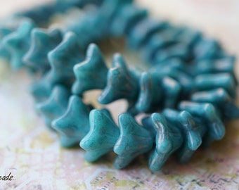 Maya Blue, Flower Beads, Czech Beads, N1833