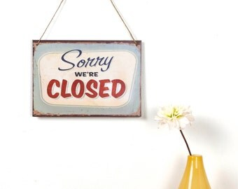Vintage Style Closed sign
