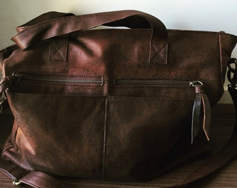 Tote bag, genuine leather, computer bag,pockets & compartments,laptop or work bag, cross body strap
